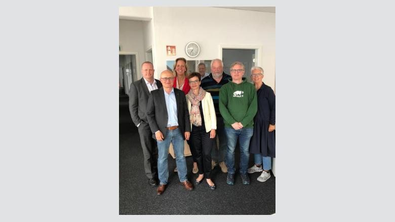 Auf dem Foto (v.l.) Hannjo Nawrath, Günther Kalka, Ines Claus, Dr. Roxana Sauer, Paul Zehlen, Felix Brenk und Ursula Kraft.